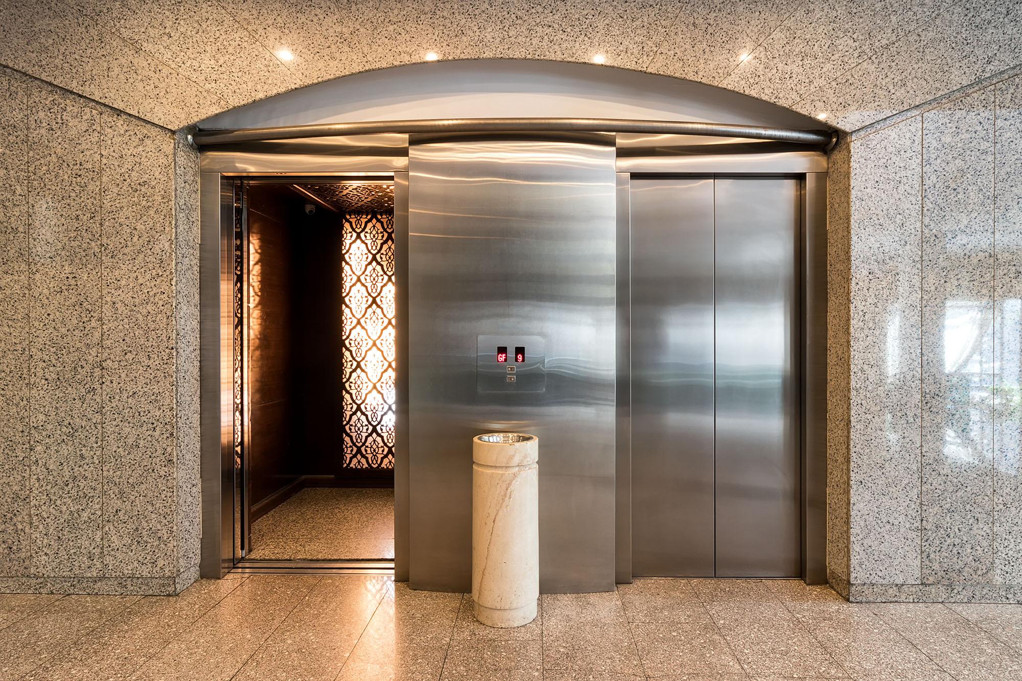 شرکت مهندسی به راز، پارکینگ مکانیزه به راز، شرکت به راز، پارکینگ هوشمند، آسانسور، آسانسور هیدرولیکی
